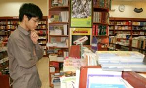 Đơn thuốc trị tận gốc bệnh 'loạn mắt' vì sách