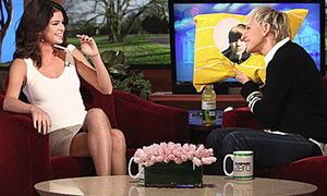 Selena Gomez thú nhận chuyện 'chém bão' trên truyền hình