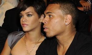 Chris Brown nổi cơn điên khi bị hỏi về vụ bạo hành Rihanna