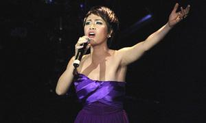 Fan hụt hẫng nghe Uyên Linh hát nhạc Trịnh