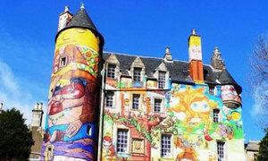 Lâu đài graffiti 'lừa tình' nhất thế giới