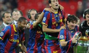 Barcelona ăn mừng chức vô địch trên sân Wembley