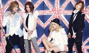 Nóng hổi ảnh mới của Crystal, Amber nhóm F(x)