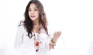 Min Hyo Rin yêu kiều với style nghỉ mát