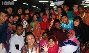 Đến Malay làm lãnh đạo sướng mê tơi!