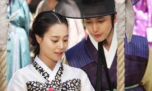 'Chuyện tình Romeo Juliet' Hàn cổ trang tung ảnh và teaser long lanh