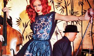 Rihanna bật mí về bộ váy 'nguy hiểm' nhất
