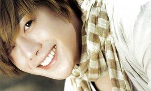 Kim Hyun Joong nhát như cáy khi tán gái