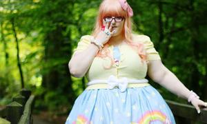 Update xì tai búp bê của blogger béo phì nổi tiếng
