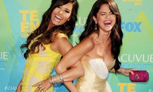Teen Choice Awards 2011 - lóa mắt vì đầm đẹp