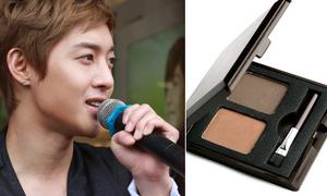 Kim Hyun Joong - muốn đẹp 'như tranh' cứ phải makeup