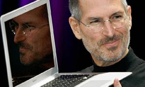 Steve Jobs bất ngờ từ chức CEO Apple