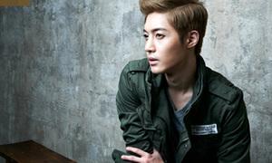 Kim Hyun Joong mặc gì mùa thu?