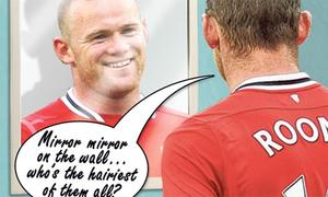 Rooney không ngừng ngắm mình trong gương