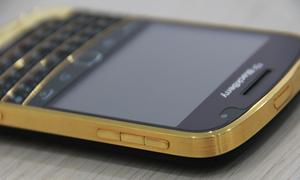 BlackBerry 9930 mạ vàng tại Việt Nam