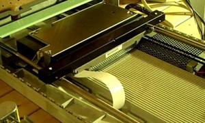 Bản nhạc độc đáo từ tiếng kêu của ổ đĩa mềm