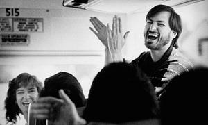 Diễn văn để đời của Steve Jobs