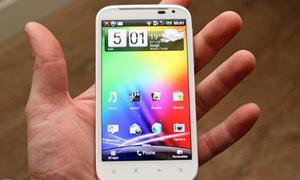 Ngất ngây ngắm HTC Sensation XL vừa 'đập hộp'