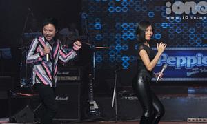 Thu Minh, Nguyễn Hải Phong náo động Bài hát Việt