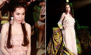 Theo gót Thủy Tiên trong suốt Đẹp Fashion Show