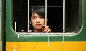 Người nước ngoài thấy gì khi đi tàu hỏa Việt Nam?