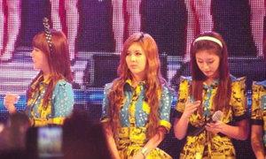T-ara 'thiếu ý thức' khi lên sân khấu?