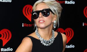 Lady Gaga hóa thành Marilyn Monroe hát mừng sinh nhật Bill Clinton