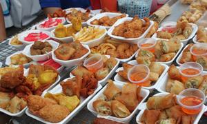 Những món ăn vặt lạ mắt ở Thái Lan
