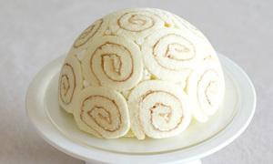 Cách làm bánh gato tròn xoay từ bánh bông lan
