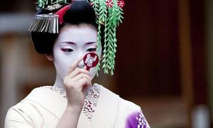 Geisha đầu tiên tại Nhật Bản là... đàn ông