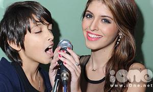 Andrea làm ca sĩ 'nhắng nhít' cùng cậu em Tây Ban Nha