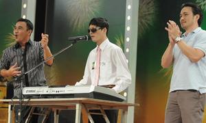 Chàng khiếm thị chơi piano, hát cực đỉnh