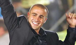 Alo, alo! Sáng nay, Fabio Cannavaro đặt chân tới Việt Nam