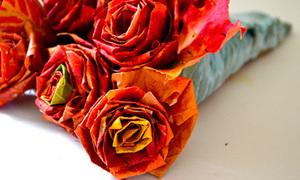 Đón Tết 2012 với hoa hồng làm từ lá cây
