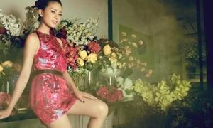 Ngô Thanh Vân kiêu sa váy ngắn