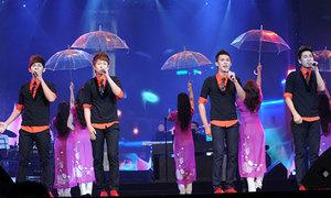 Khán giả 'ngã ngửa' khi nghe V.Music hát live