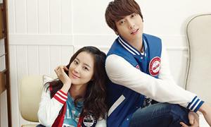 Moon Chae Won sánh đôi xinh đẹp cùng CN Blue