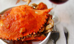 Thèm hải sản thì làm cua sốt bơ cà chua đi!
