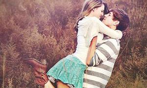Các sao thích 'kiss' ở địa điểm nào nhất?