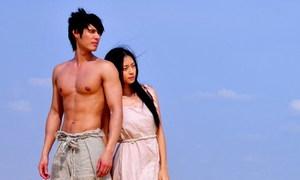 Ngô Thanh Vân hoang dại bên hot boy gốc Thái