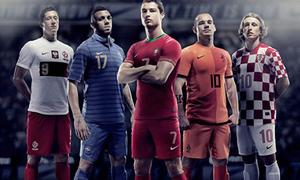 Lộ diện trang phục thi đấu tại Euro 2012