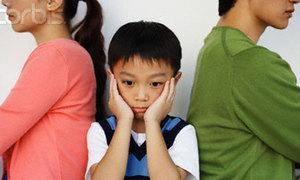 Mỗi lần bố mẹ cãi nhau là một lần mình ám ảnh