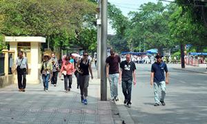 Tham quan 3 phố đi bộ đầu tiên ở Hà Nội