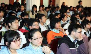 Thời gian tựu trường sớm nhất vào ngày 1/8/2012