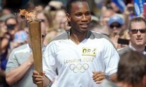 Drogba bảnh bao rước đuốc Olympic