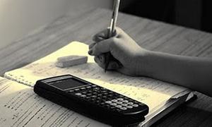 Phát hiện nhóm giáo viên giải đề thi cho học sinh