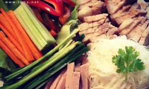 Món ăn Việt 'đốn tim' du học sinh ở trời Âu