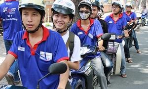 Sĩ tử cười toe trước dàn 'xe ôm' tình nguyện