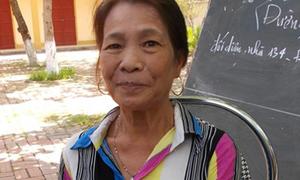 Bà nội 56 tuổi và ước mơ giảng đường đại học