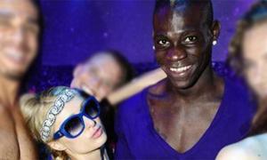 Balotelli thác loạn cùng 'nữ hoàng tiệc tùng' Paris Hilton